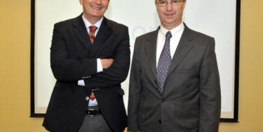 Profesor Luis Hernán Bustos se refiere a la relación de las marcas con los políticos