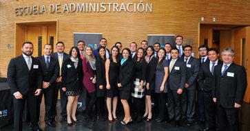 Alumnos del Executive MBA UC Centroamérica participan en Seminario Internacional