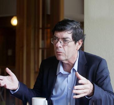 UC lamenta la partida de Francisco Rosende, ex decano de la Facultad de Ciencias Económicas y Administrativas