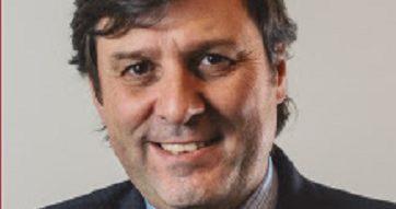 """Columna de Roberto Guerrero, director del Centro de Gobierno Corporativo UC: """"Casos emblemáticos 2016""""."""