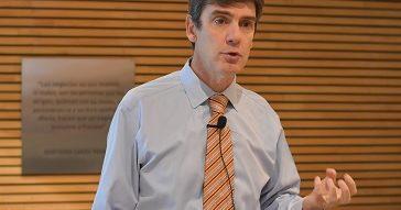 """Carlos Portales: """"La confianza permite mejorar la gestión de personas y las relaciones laborales""""."""