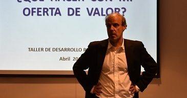 Taller II Desarrollo de Carrera: ¿Qué hacer con mi oferta de valor? con Carmen Luz Urbina y Alejandro Persico