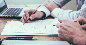 ¿Cómo mejorar el rendimiento académico? Alumnos destacados nos entregan 21 tips para sacar lo mejor de cada uno.