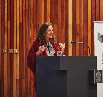 """Cristina Zurbriggen, experta uruguaya en innovación social: """"Hay que innovar en políticas sociales""""."""