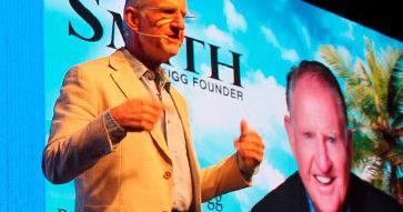 """Entrevista a Brian Smith, fundador de UGG®: """"Enviar el mensaje equivocado a mi público objetivo puede atentar a mi marca""""."""