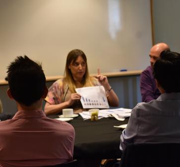 MBA UC reúne a alumnos con actores clave en distintas industrias