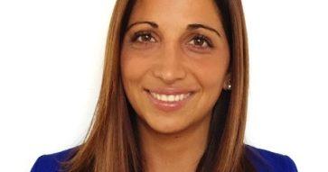 """Paula Zaror: """"El diplomado en Dirección de Recursos Humanos generó un cambio transformacional en mí""""."""