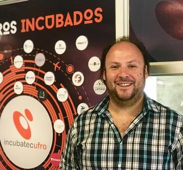 """Gerardo Lagos, alumno del Magíster en Innovación UC: """"Me gusta el foco de lograr impacto de manera descentralizada"""""""