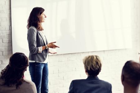 COMUNICACIONES EFECTIVAS Y CONVERSACIONES DIFÍCILES