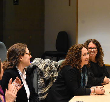 MBA organiza discusiones en torno a la Mujer