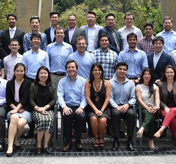 Los alumnos de la Universidad Tsinghua visitaron al MBA UC en la versión número 12 del Programa C-MIX, con el respaldo del Banco de Chile