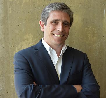 """Juan Andrés Salas, Mentor Corporativo MBA UC, sobre mentorías: """"Es realmente gratificante"""""""