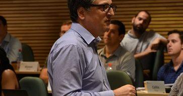 """Profesor Jorge Tarziján sobre la Temporada Académica de Verano MBA UC 2019: """"Yo creo que este tipo de actividades son claves en el MBA UC"""""""