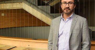 Columna Marcos Singer en Revista Capital: Entre Hobbes y la candidez de Rousseau