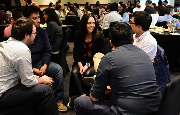 Alumnos y alumnas del Diplomado Negocio, Innovación y Liderazgo en Minería de Codelco se gradúan en el primer año que el programa se dicta en conjunto con la UC