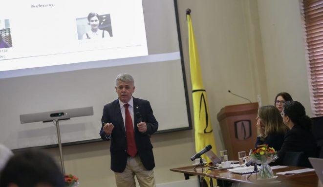 Profesor de la Escuela de Administración participó en lanzamiento de programa en conjunto con la U. Andes de Colombia y el TEC de Monterrey