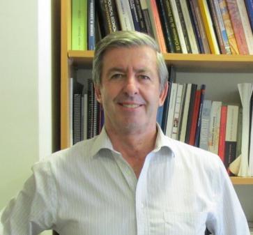 Comunidad MBA habla con el economista Salvador Valdés sobre pensiones en un nuevo ciclo de conversaciones