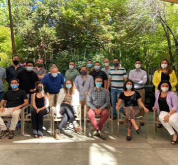 Alumnos del Magíster en Innovación cierran el año con encuentro presencial y el Demo Day de iLab