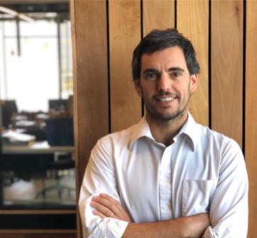 Sebastián Gatica es nombrado miembro del comité editorial de la Stanford Social Innovation Review