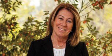 Conversaciones MBA UC con Anita Holuigue: La trayectoria público y privada de la presidenta del directorio de TVN